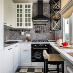 кухонный гарнитур с подоконником