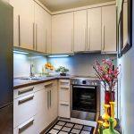 кухонный гарнитур пол в кдетку