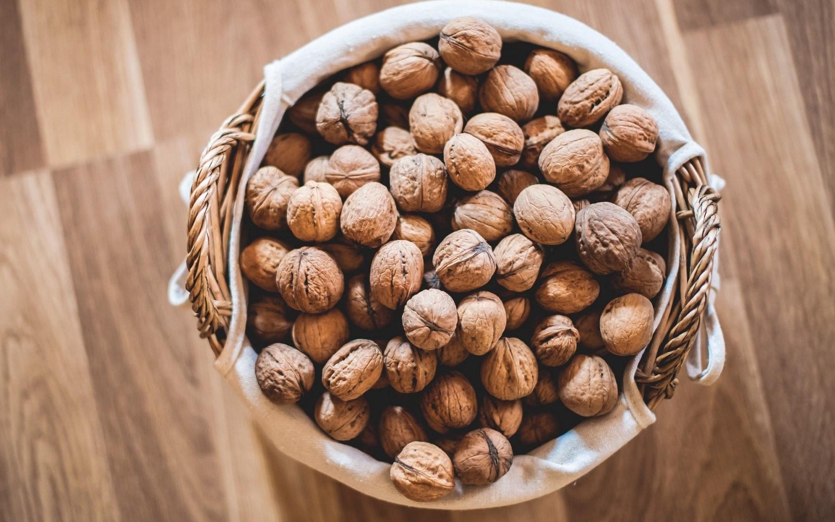 хранение грецких орехов