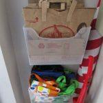 хранение пакетов на кухне варианты фото