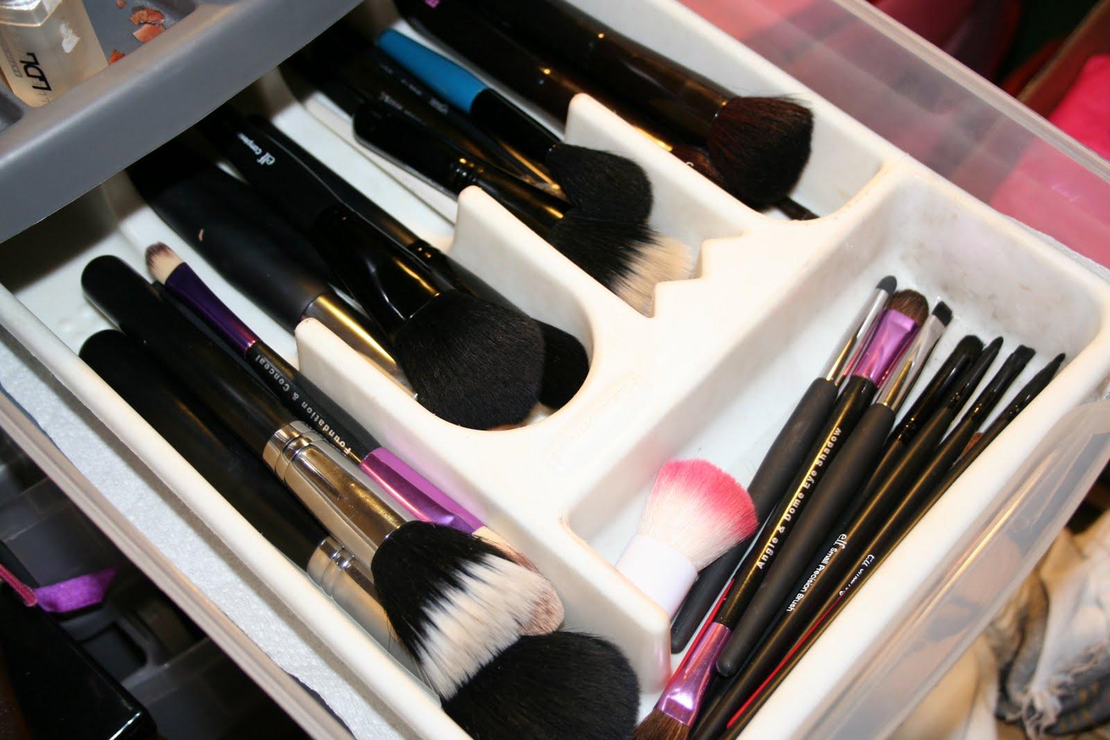 система ранения кистей для макияжа