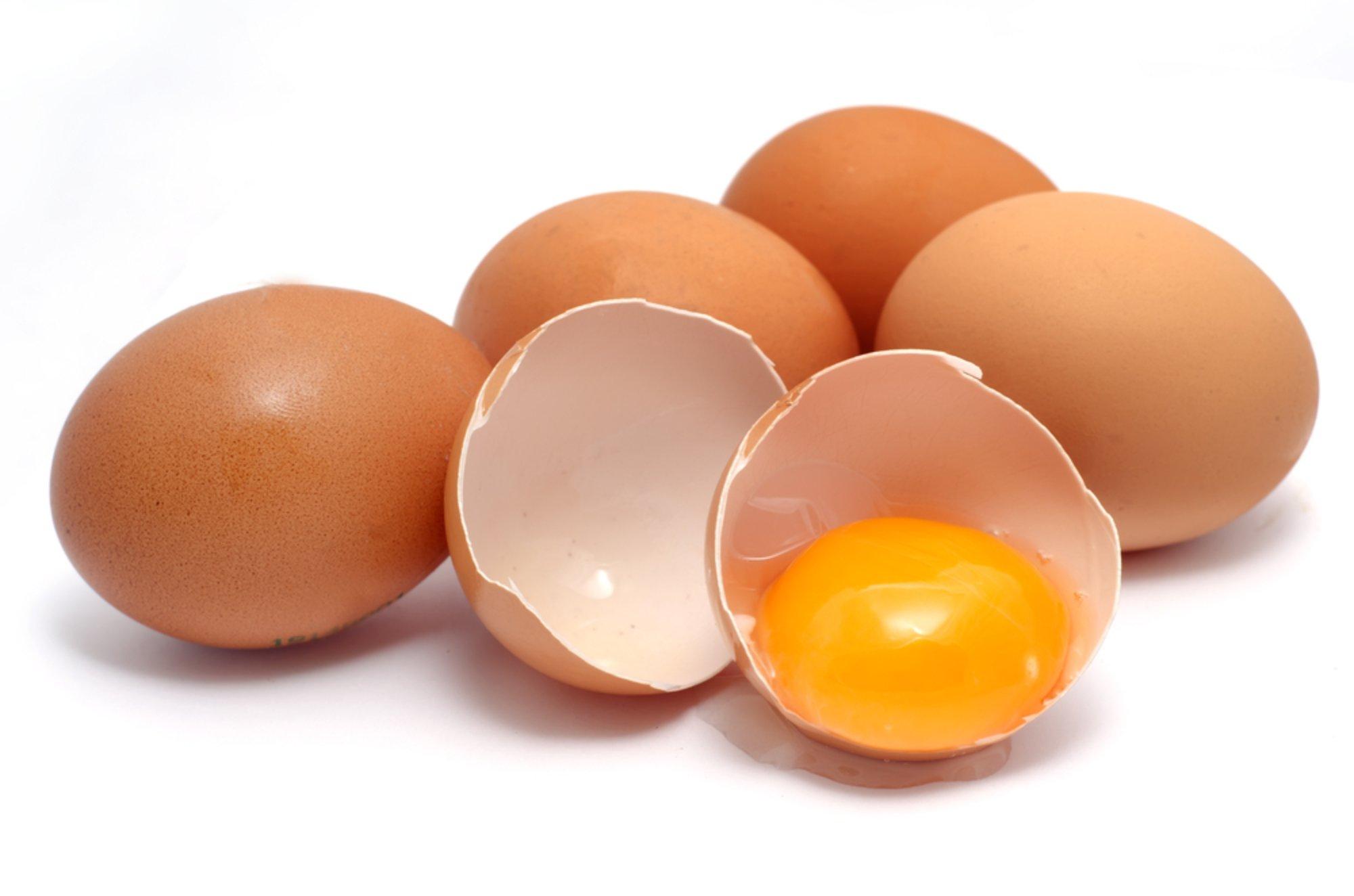куриное яйцо от пятен на одежде
