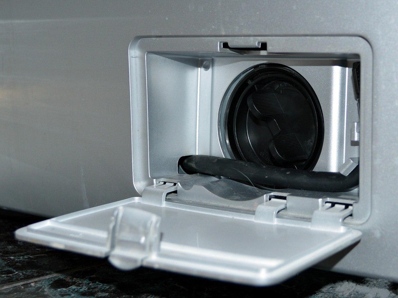 гнездо фильтра с стиральной машине