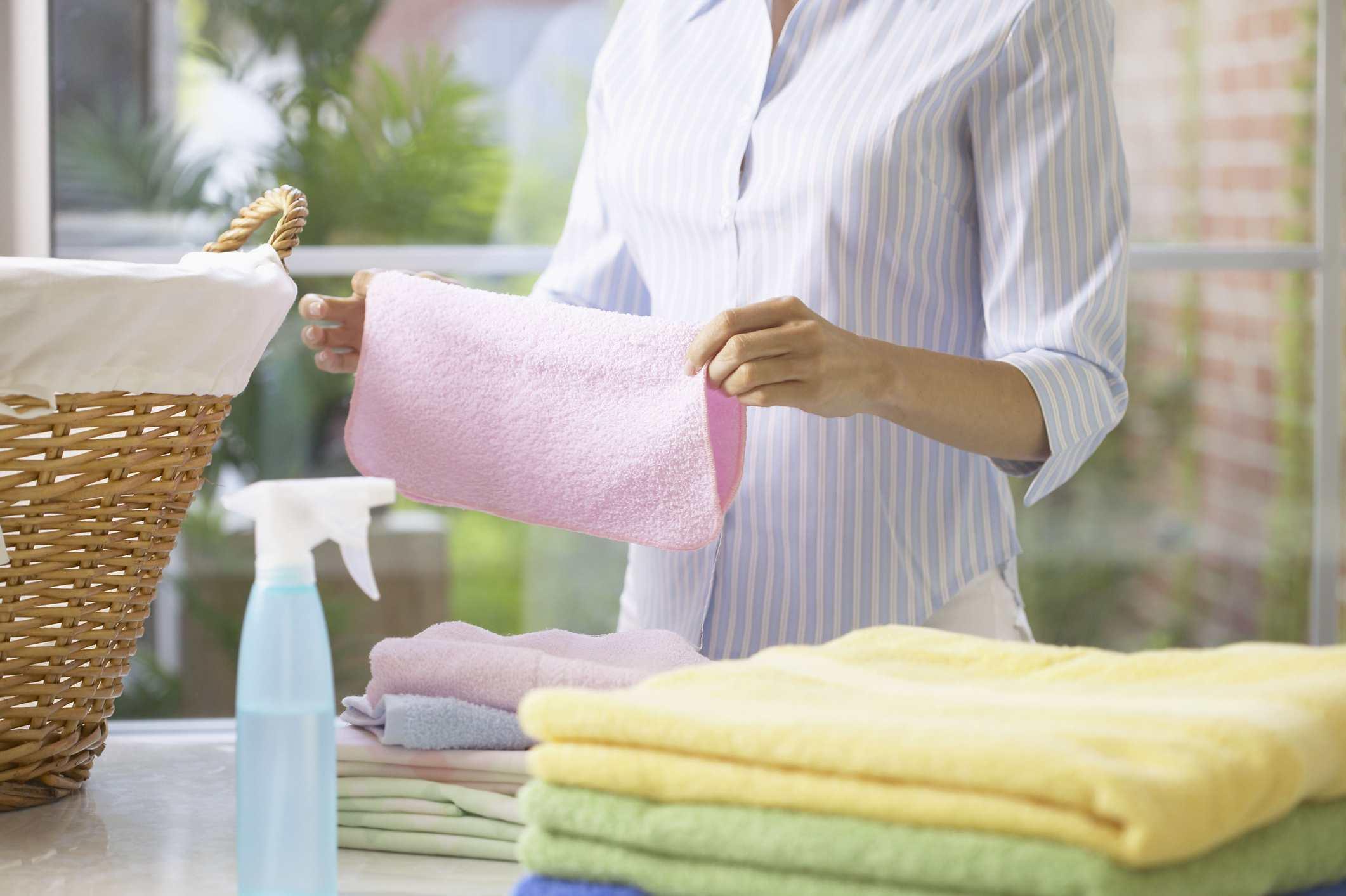не гладит полотенце