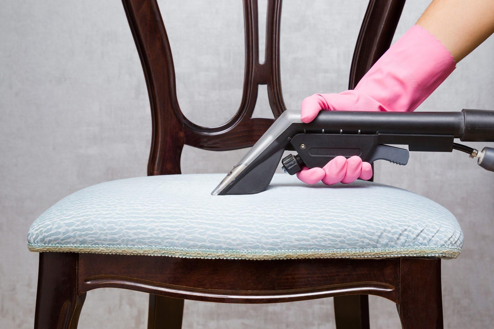 мягкие стулья в кухне