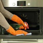чистка моющими средствами духовки