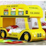кровать - желтый автобус