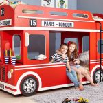 оригинальная кровать-автобус