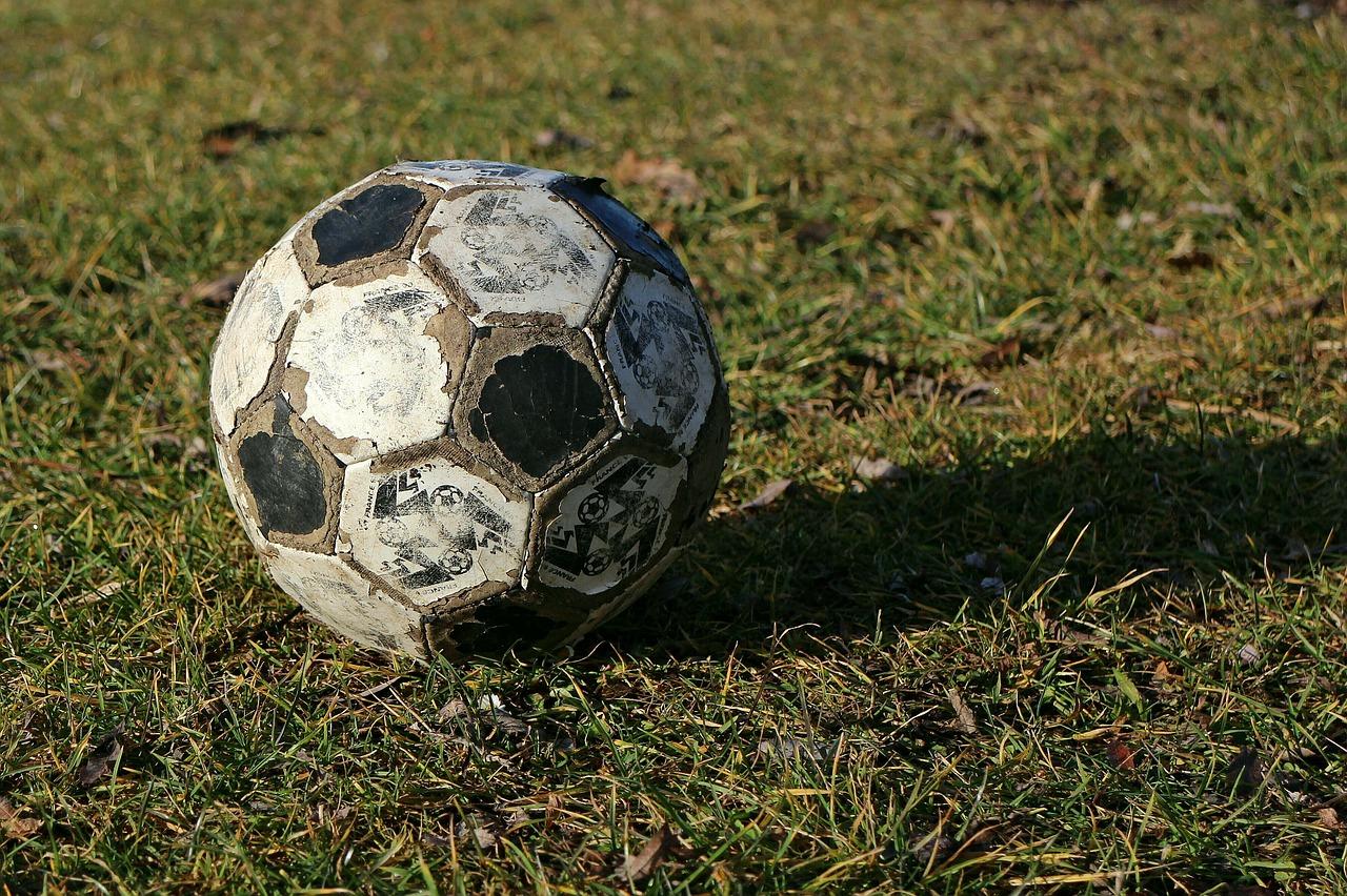 прочность футбольного мяча