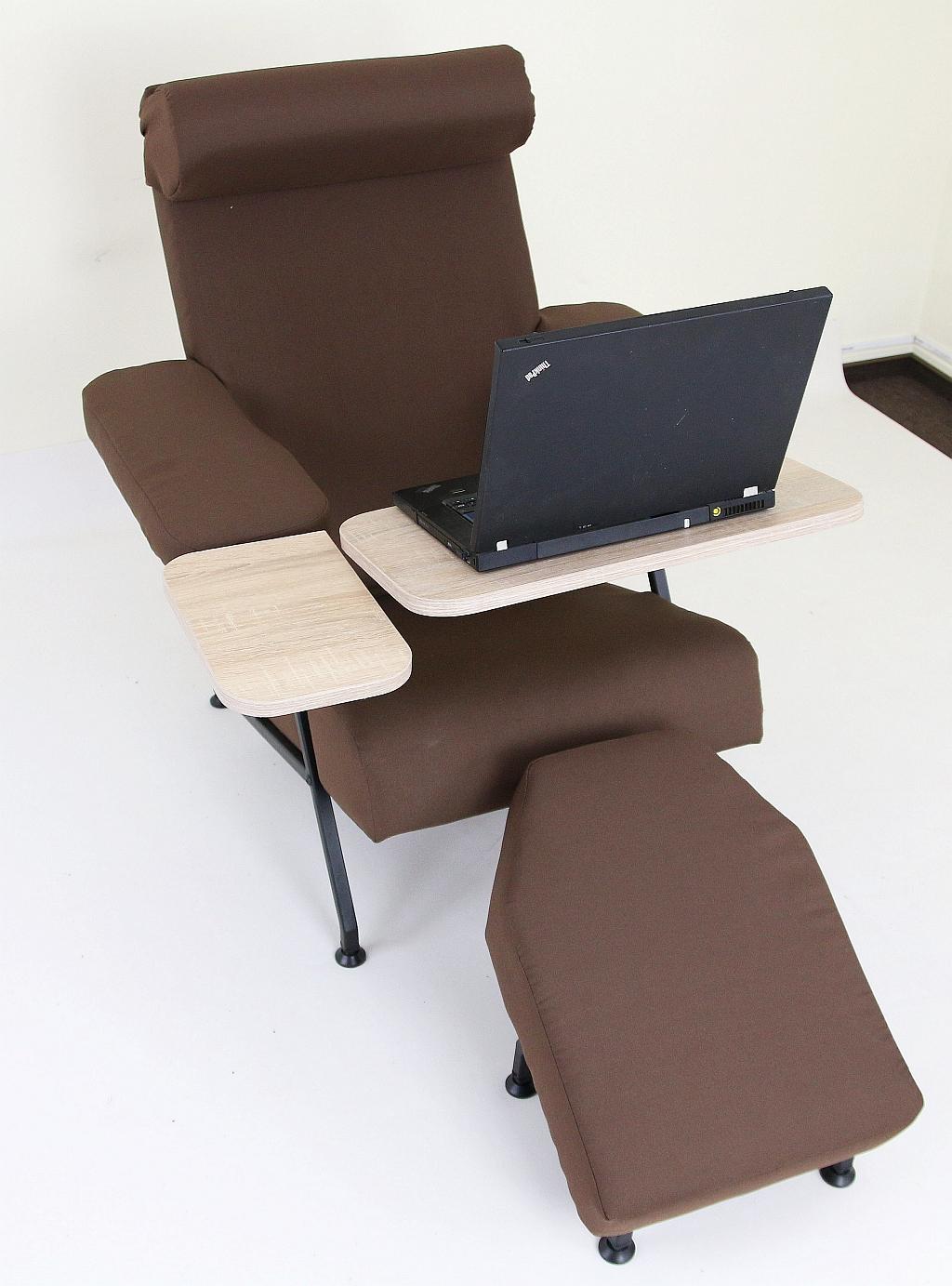 столик для ноутбука с креслом