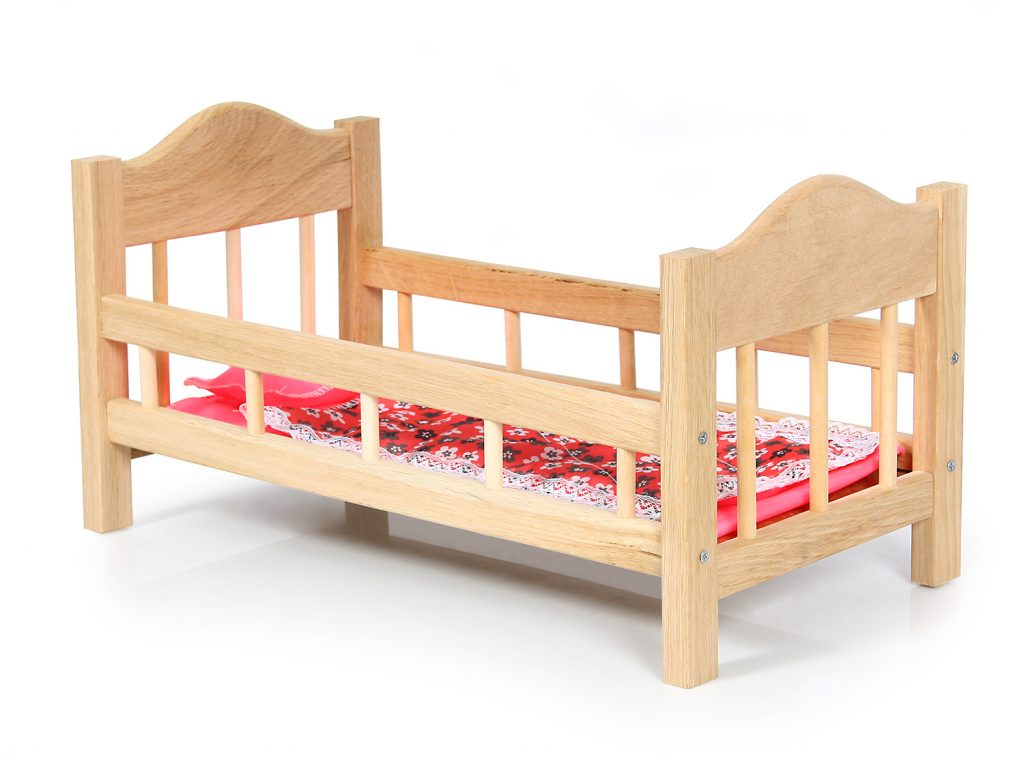 игрушечная кроватка