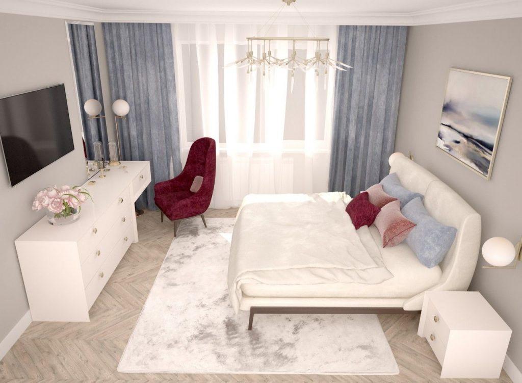 кровать в квадратной комнате