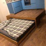 кровать в подиуме идеи декора