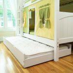 кровать в подиуме фото оформление