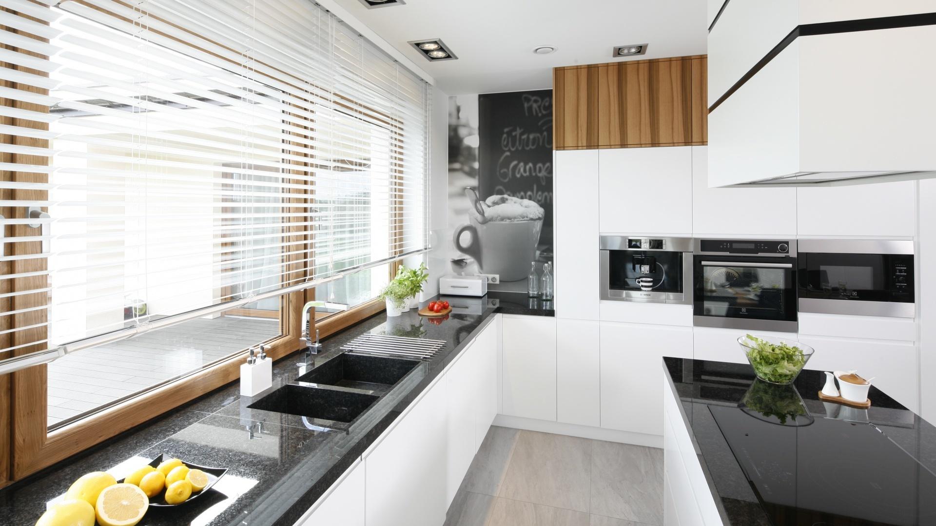 кухня без верхних шкафов минимализм