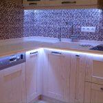 подсветка гарнитура на кухне фото дизайн