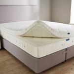 ортопедический матрас для двуспальной кровати оформление