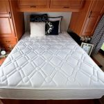 матрас для кровати фото оформление