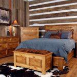 мебель из дерева кровать широкая