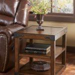 мебель из дерева столик