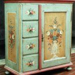 отреставрированный шкаф дизайн