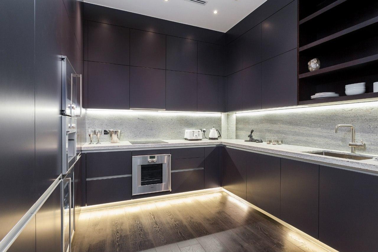 новым людям подсветка на кухне под шкафами светодиодами фото чем фотографировать макро