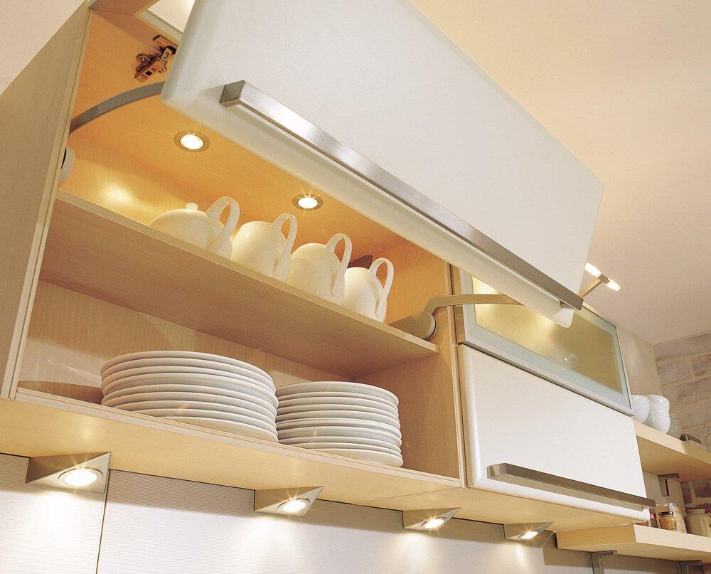 подсветка для кухни в шкафчиках