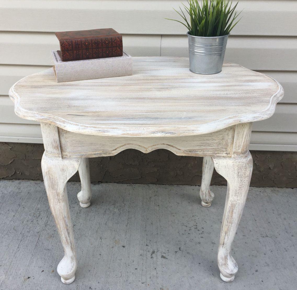 покраска стола в белый цвет