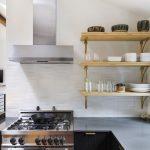 полки для кухни фото дизайна