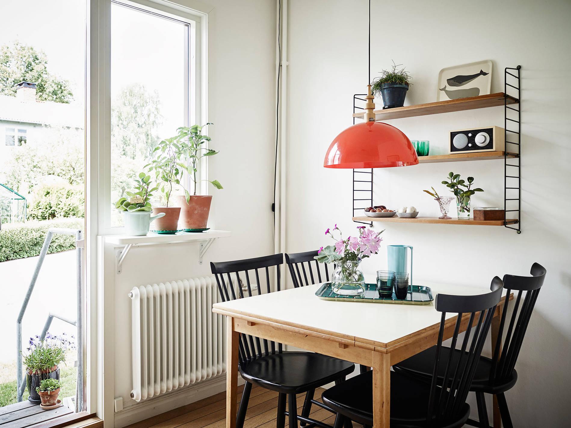 полки для кухни над столом