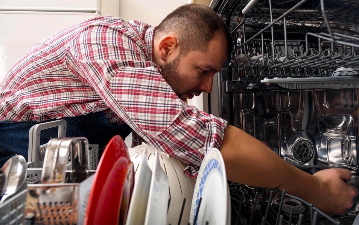 посудомойка не моет