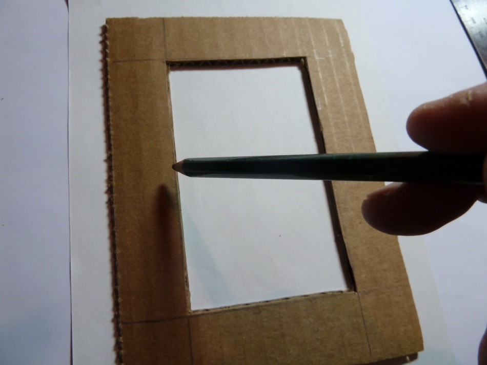 как сделать рамку из картона