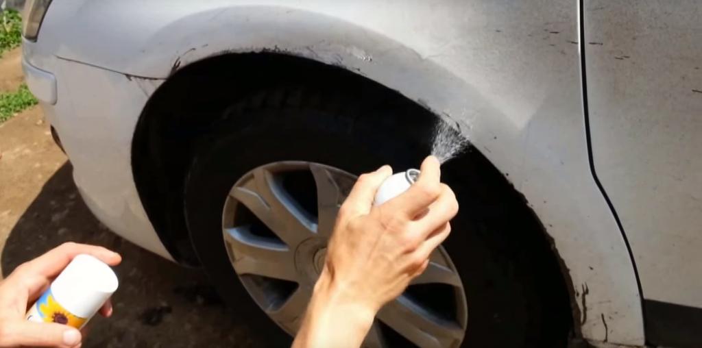 битумные пятна на машине