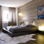 кровать с деревянной стеной