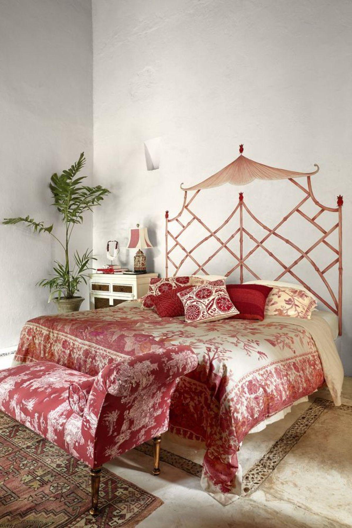 рекомендации специалистов где ставить кровать