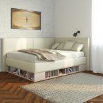 кровать с книгами