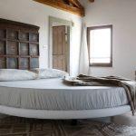 кровать полукруглая