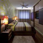 кровать с вентилятором