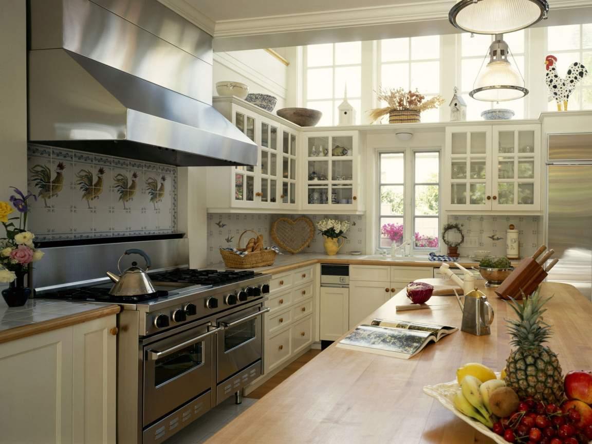 расстояние между верхними и нижними шкафами на кухне