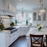 кухонная мебель белая большая