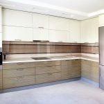 кухонная мебель коричневая