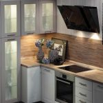 кухонная мебель прозрачные шкафы
