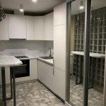 кухонная мебель с зеркалом