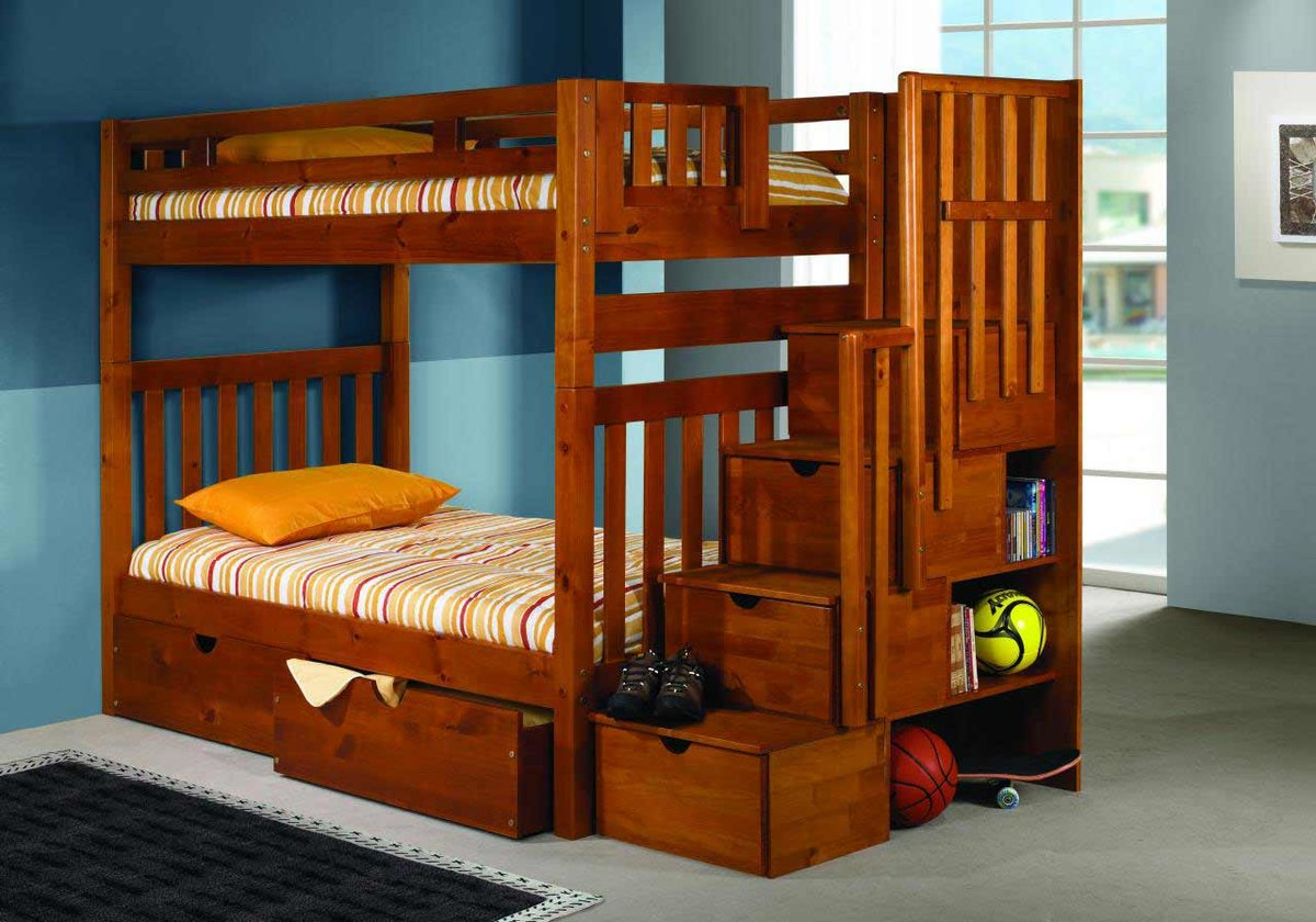 деревянная кровать двухспальная
