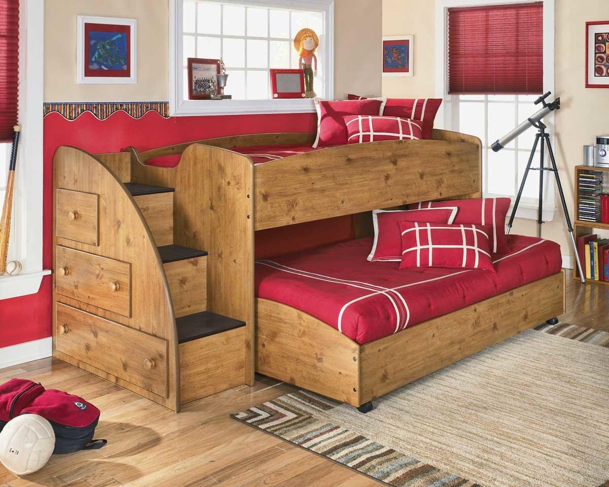 двухъярусная кровать больших габаритов