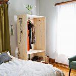 шкаф из фанеры в спальне