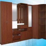шкаф из фанеры коричневый
