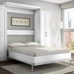 большой белый шкаф кровать