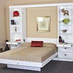 небольшой шкаф-трансформер с двуспальной кроватью