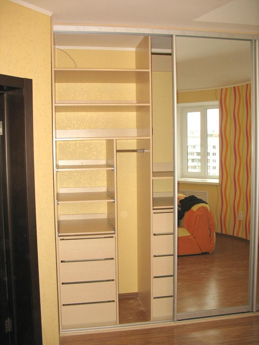 стены вместо каркаса шкафа